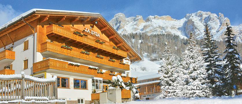 Italy_San-Cassiano_Hotel-la-stua_Exterior.jpg